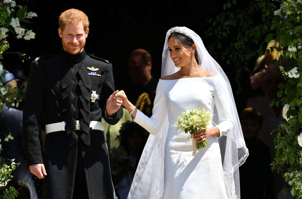 Foto: Los recién casados a la salida del enlace.