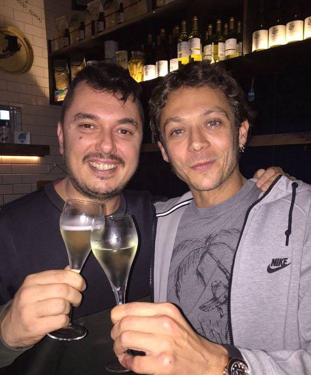 Foto: Uccio y Valentino Rossi. (Foto: Instagram @uccioyellow46)
