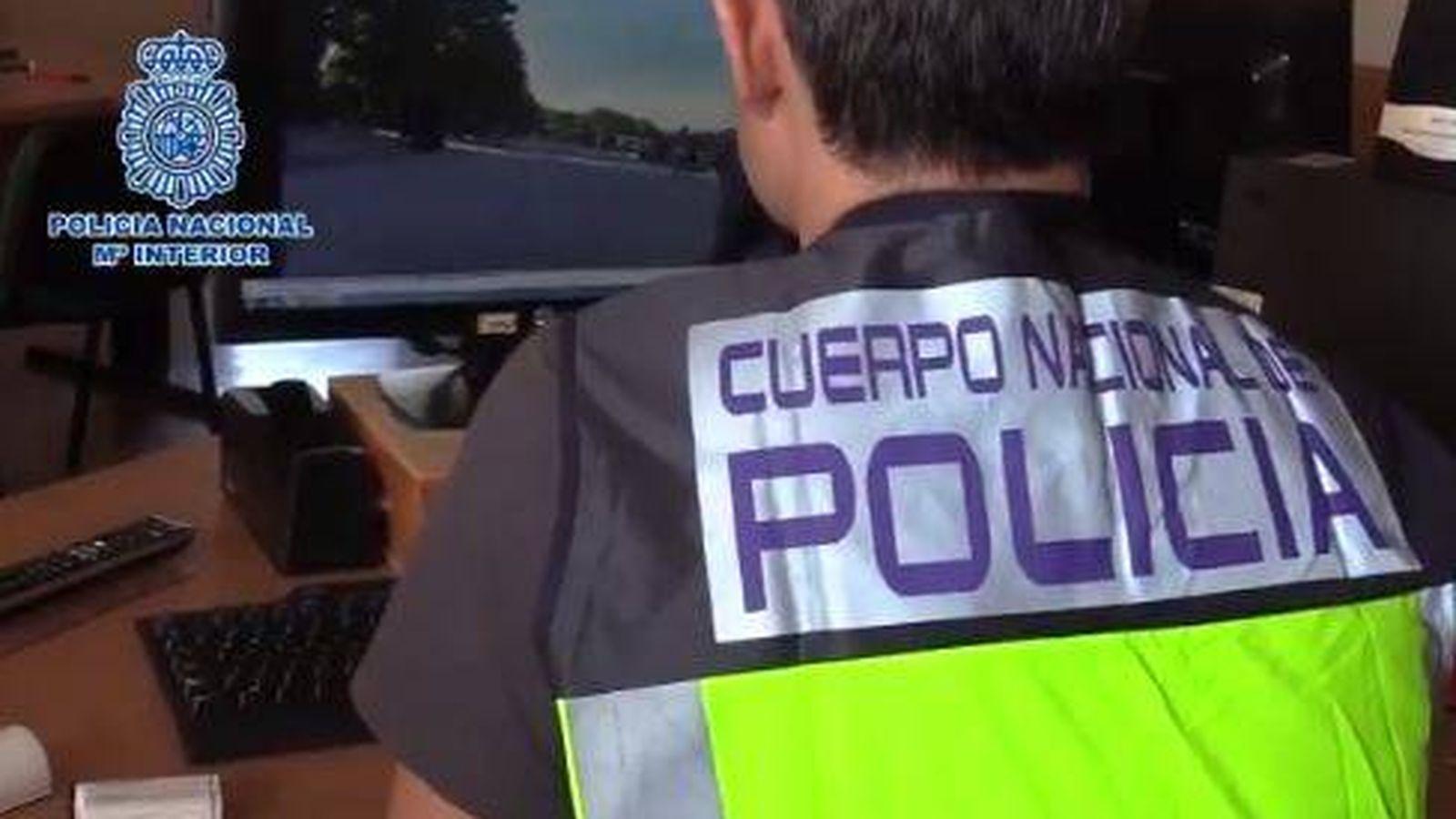 Foto: La Policía Nacional investiga el contenido grabado por el detenido para esclarecer el uso de las imágenes que grababa en El Retiro. (Policía Nacional)