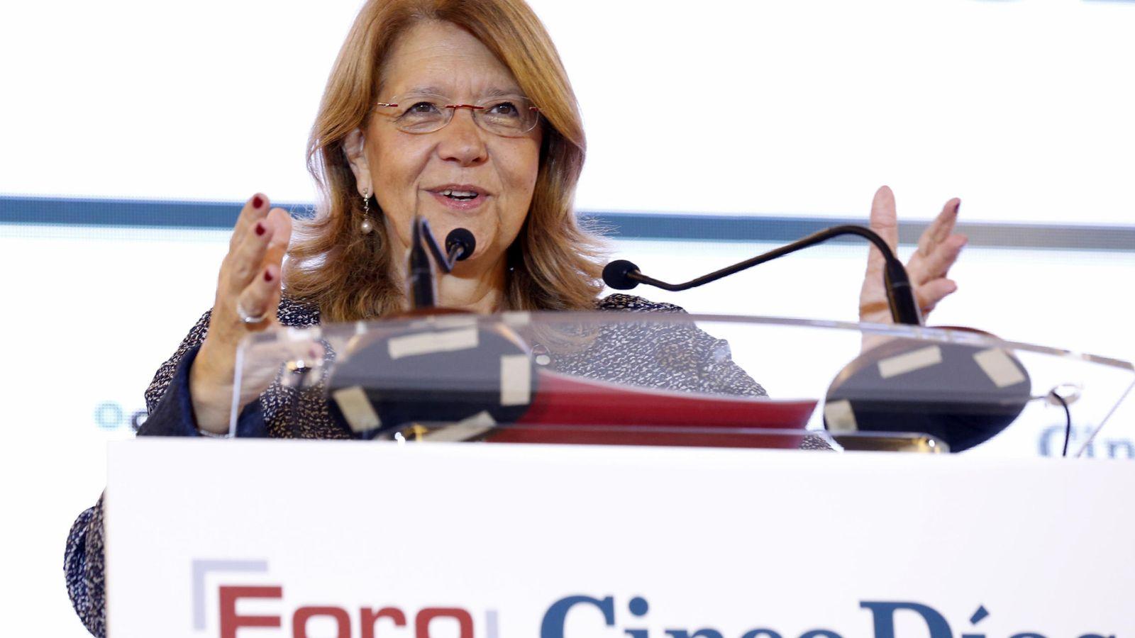 Foto: Elvira Rodríguez, presidenta de la CNMV, en un desatuno informativo en noviembre (Efe).