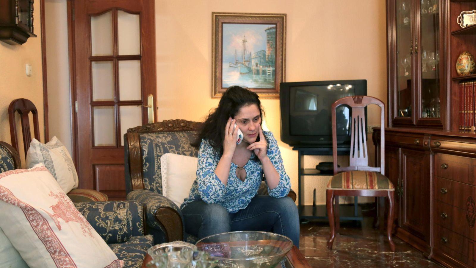 Foto: Julia Ordóñez, esposa José Antonio Martínez, ha criticado la falta de diligencia en las tareas de rescate (efe)
