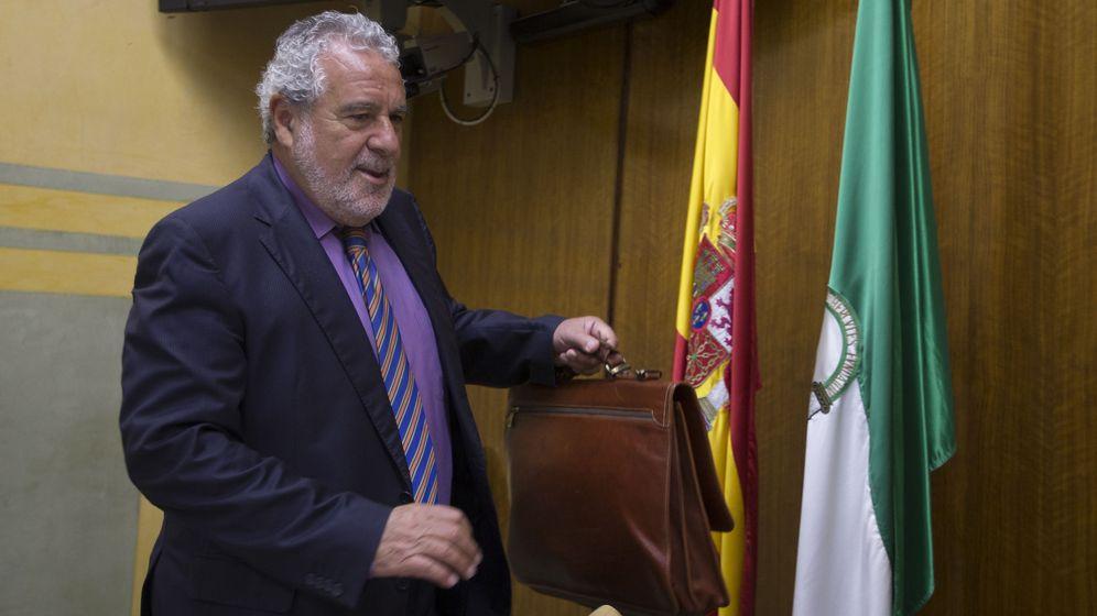 Foto: El subdirector general de la RTVA, Joaquín Durán (EFE).