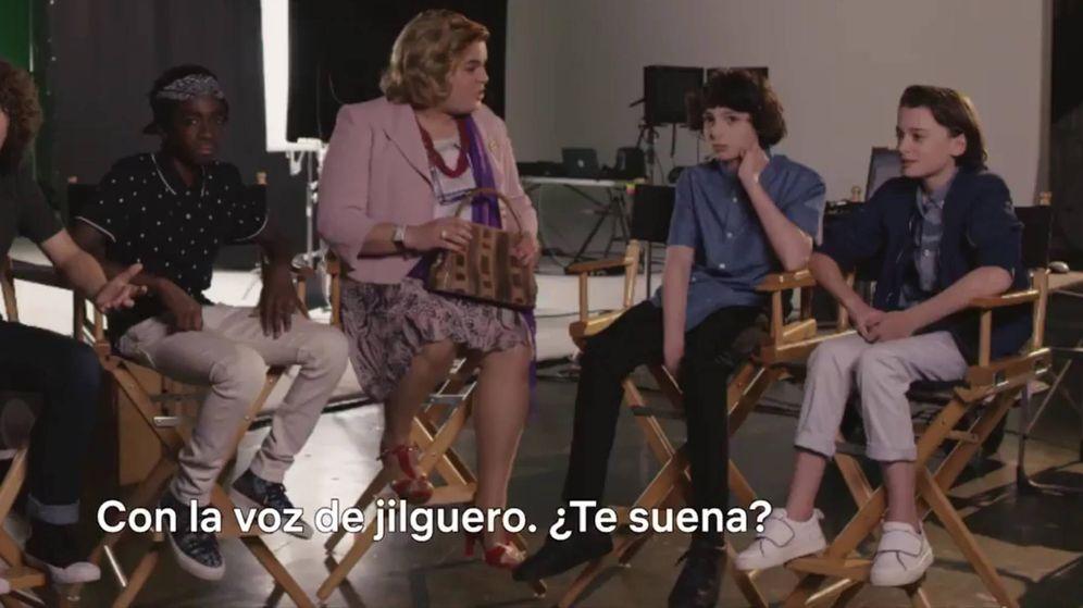Foto: Paquita Salas se reúne con los protagonistas de 'Stranger Things'.