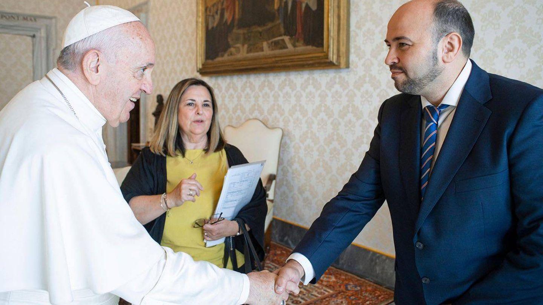 Rodríguez Arias, con el papa Francisco. (Cedida)