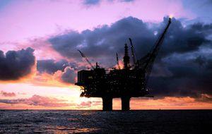 Exxon y Total se interesan por el petróleo canario desde Marruecos