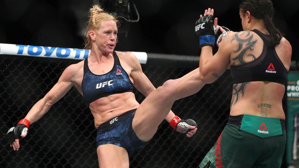 Foto: Holly Holm contra Raquel Pennington en UFC 246 (USA TODAY Sports)