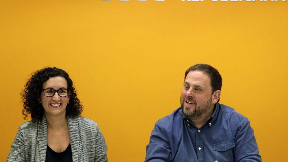Foto: Oriol Junqueras y Marta Rovira tras una reunión de la Ejecutiva de ERC. (Efe)