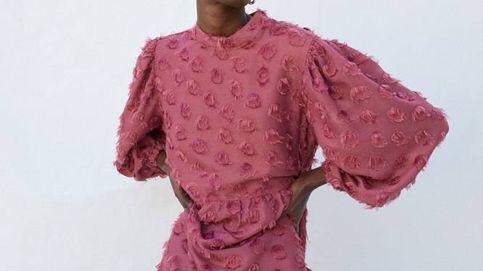 El vestido colorido de la invitada perfecta de otoño está en Sfera y es un 10