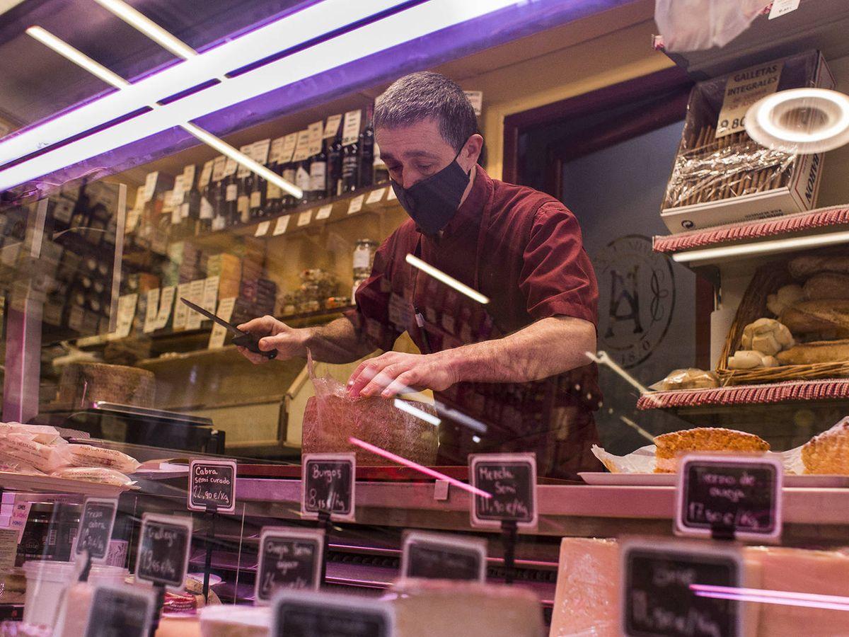 Foto: Una tienda, en Madrid. (Alejandro Martínez Vélez)