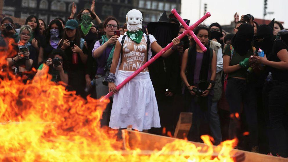 Un día sin nosotras: las mexicanas sacan músculo en una histórica huelga de mujeres
