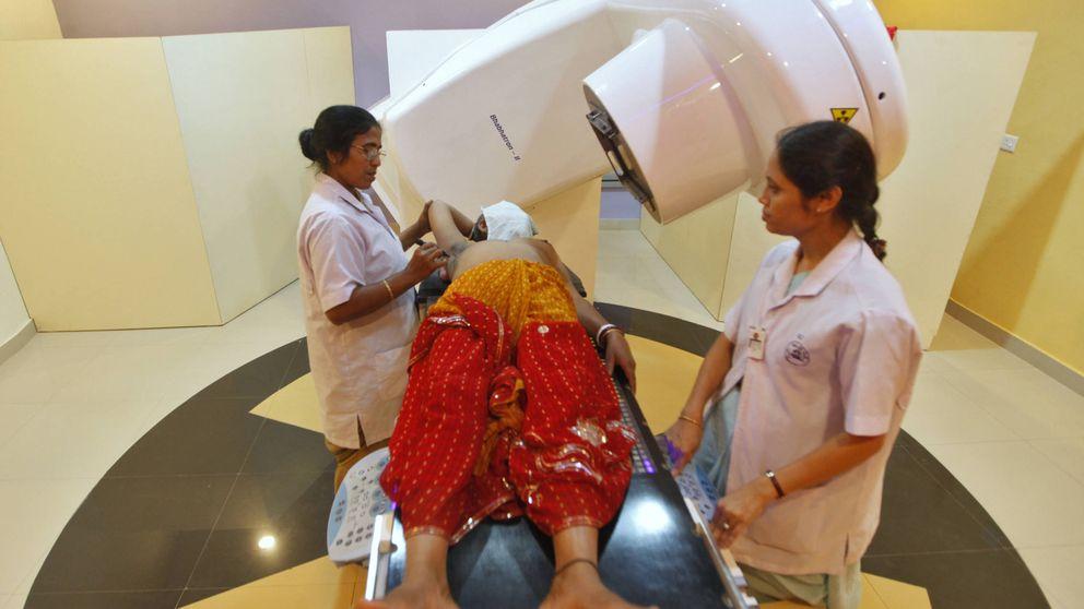 Aumentos de pecho gratis en el sur de India: ¿Por qué los pobres no deberían poder?