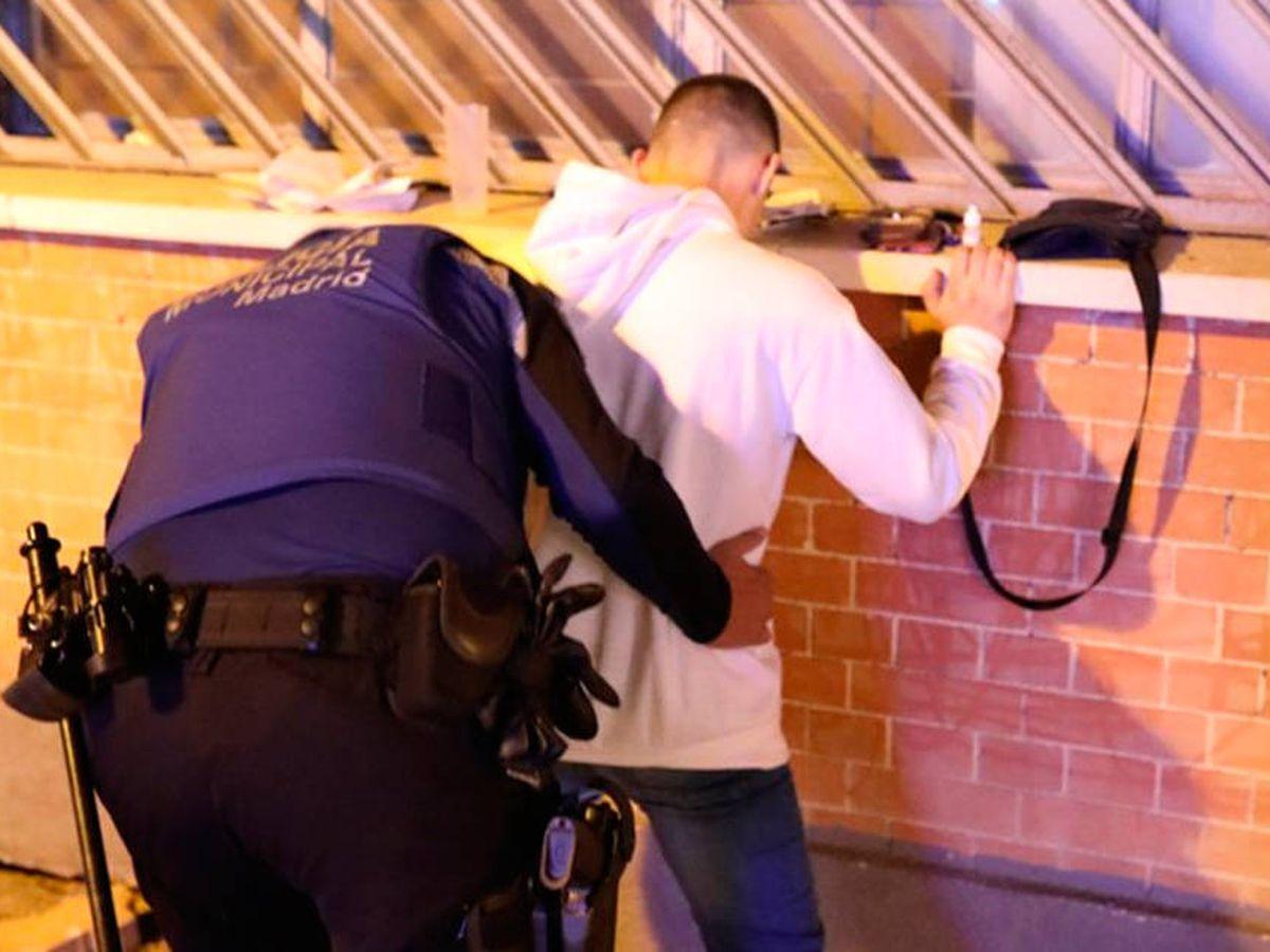 Foto: La policía detuvo al hombre de 34 años por un delito contra la salud pública (Foto: Twitter)
