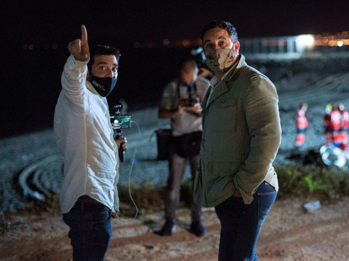 Foto: El líder de Vox, Santiago Abascal, visita Ceuta. (EFE)