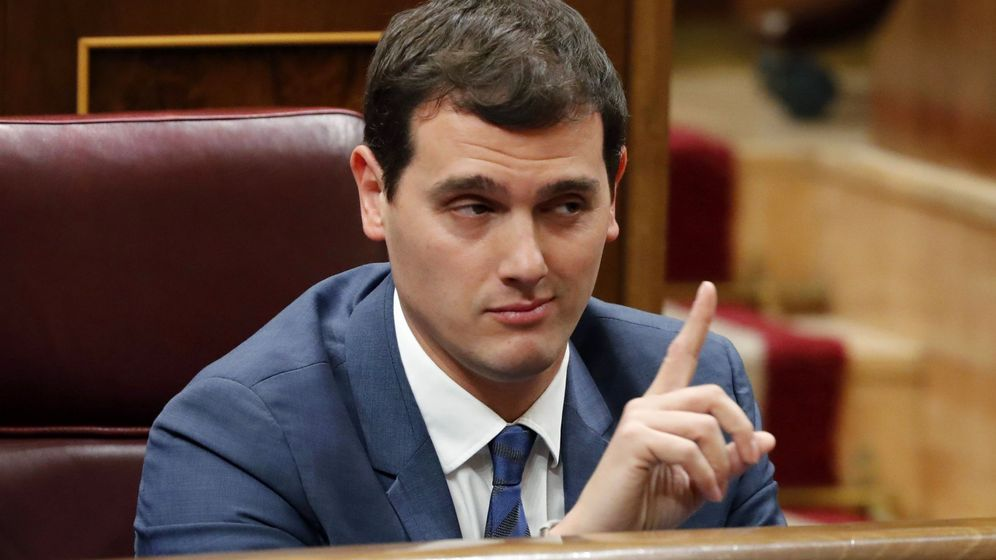 Foto: Albert Rivera en la votación de investidura