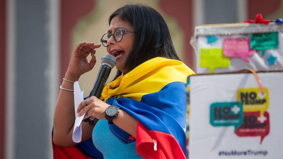 El Gobierno niega que Delcy Rodríguez hablara con Pedro Sánchez desde Barajas