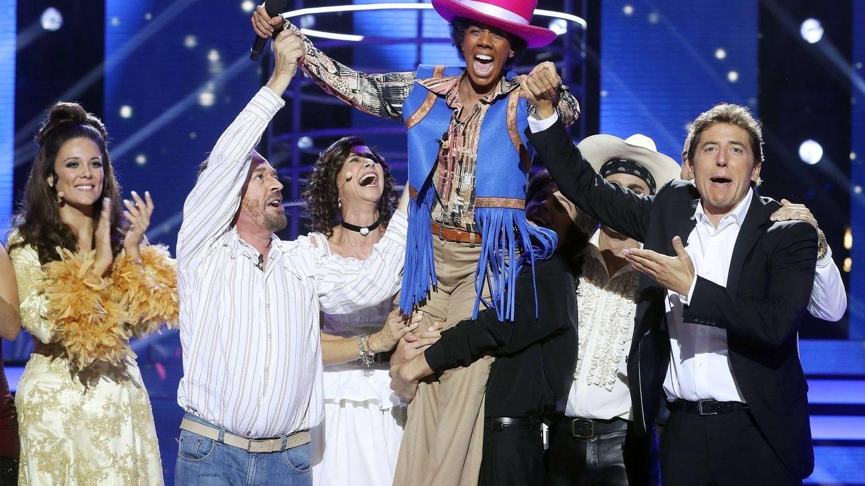 Beatriz Luengo, en la piel de Michael Jackson, gana la 1ª gala de 'Tu cara me suena 5'