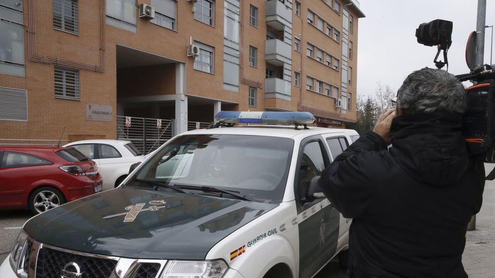 Foto: Vivienda donde ha sido apuñalada la mujer de 40 años. (EFE)