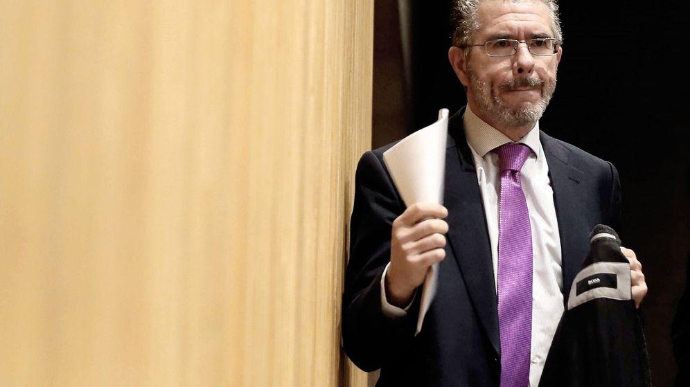 Foto: Francisco Granados, antes de empezar su comparecencia en el Congreso.