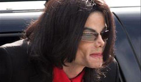 El jurado, compuesto por ocho mujeres y cuatro hombres, han respaldado de manera unánime la inocencia del cantante.
