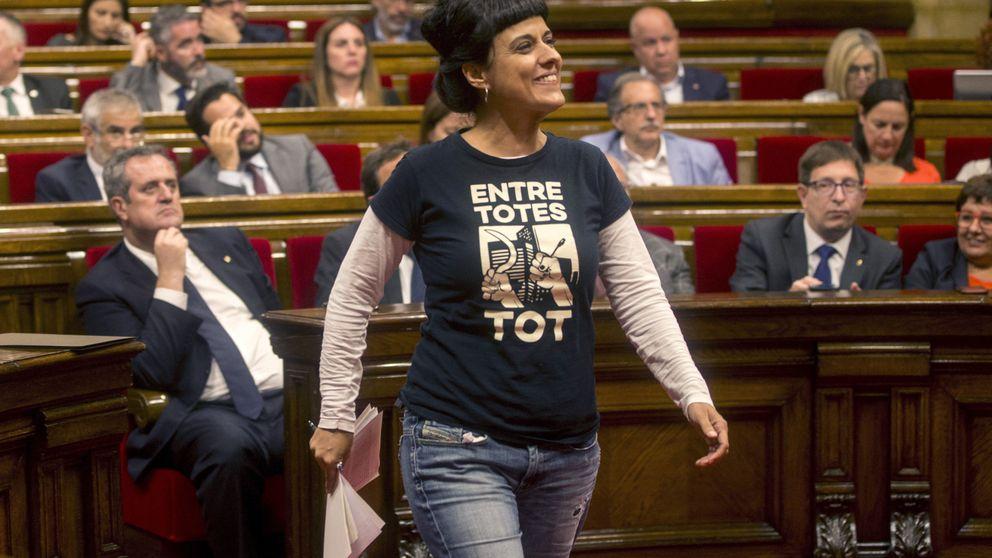 El independentismo se rompe al descolgarse la CUP de la suspensión de la declaración