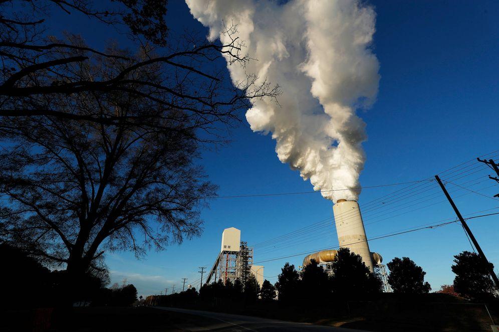 Foto: Imagen de una central de energía en Sherrills Ford, Carolina del Norte. (Reuters)