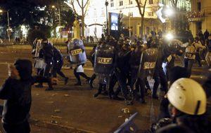 Interior triplica los despliegues de antidisturbios y los condecorará
