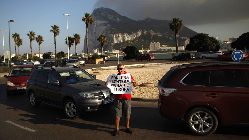 Foto: Protesta de la Asociación de Trabajadores Españoles en Gibraltar, en 2013. (Reuters)