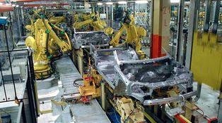 España fabrica muchos más coches