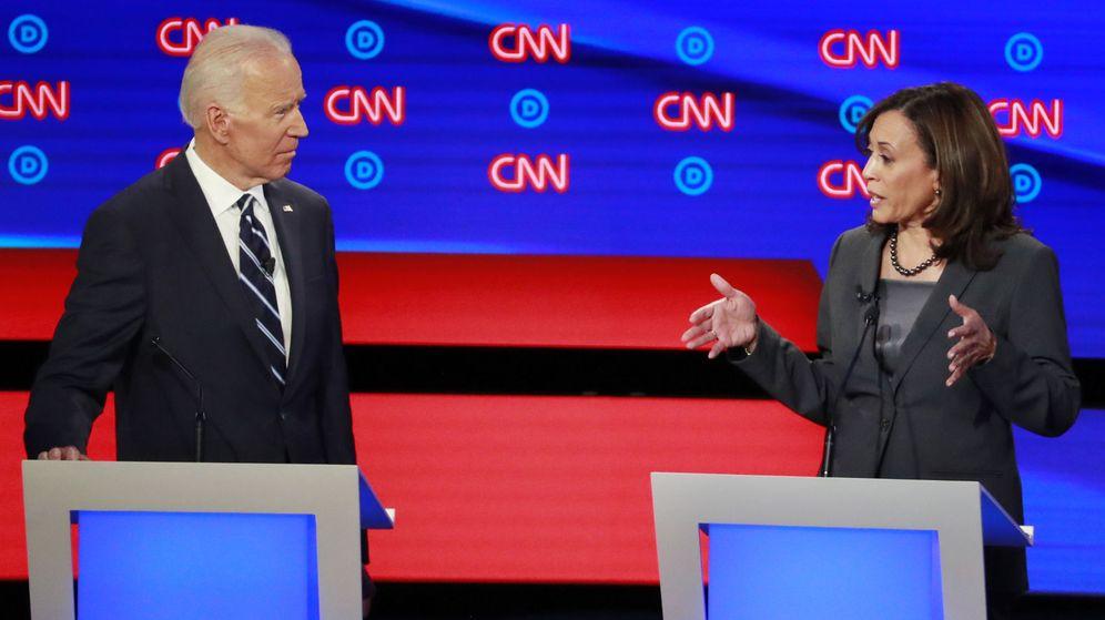 Foto: Kamala Harris y Joe Biden, en un debate para las primarias demócratas. (Reuters)