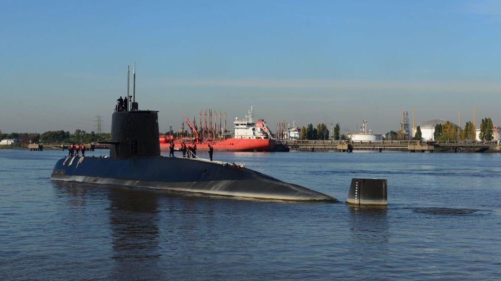 Foto: Fotografía cedida por la Armada argentina que muestra el submarino desaparecido. (EFE)