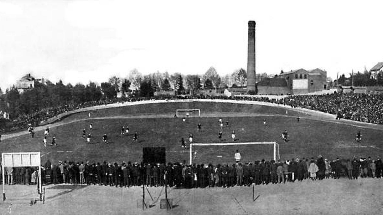 El velódromo, convertido en campo de fútbol en 1923.
