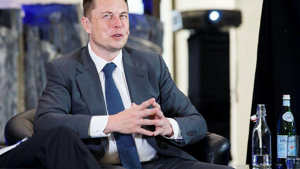 Foto: El CEO de Tesla tiene que fabricar 500.000 coches eléctricos Model 3 antes de 2017. (Efe)