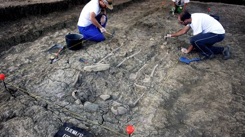 El PSOE anima a sus alcaldes a exhumar víctimas del franquismo de las fosas