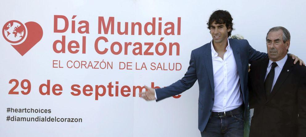Foto: El atlético colabora con el día mundial del corazón. (EFE / Ángel Díaz)