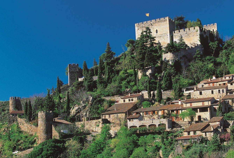 Foto: Castelnou, uno de los pueblos más bellos de Francia, en el distrito de Perpiñán. (Foto: Turismo de Perpiñán)