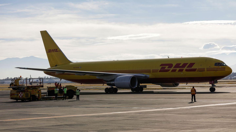 Avión de transporte de DHL. (Reuters)