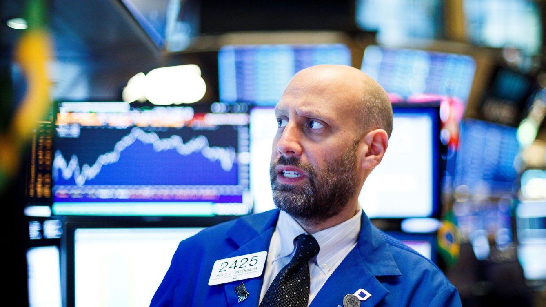 Wall Street se tiñe de rojo ante el repunte de la deuda