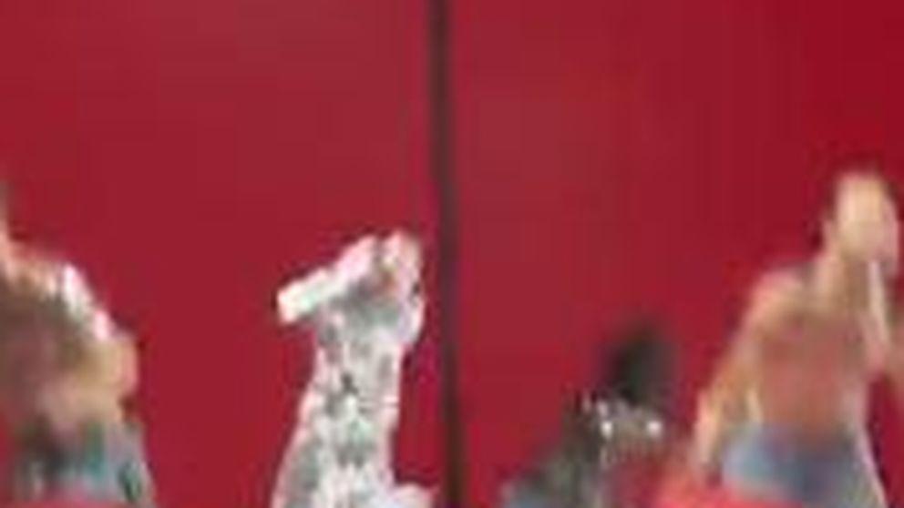 La estrepitosa caída de Selena Gómez en el escenario