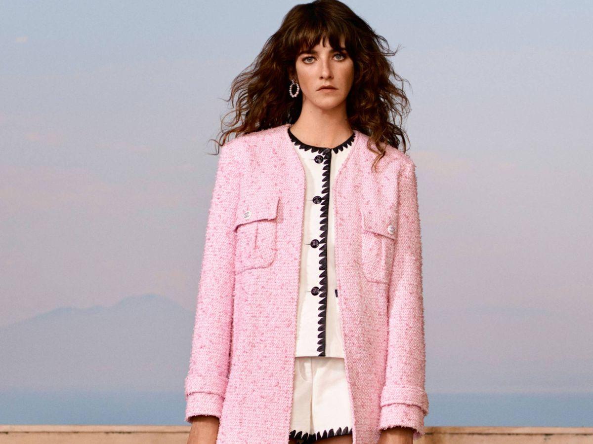 Foto: Las chaquetas de punto en tonos azucarados son tendencia. (Imaxtree)