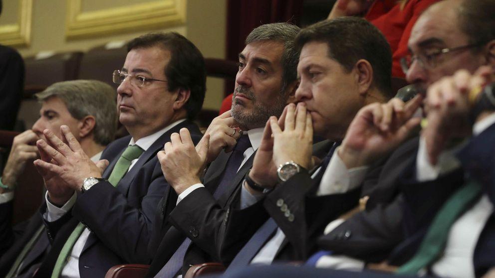 Barones y dirigentes del PSOE se rebelan contra el 'relator' de Sánchez
