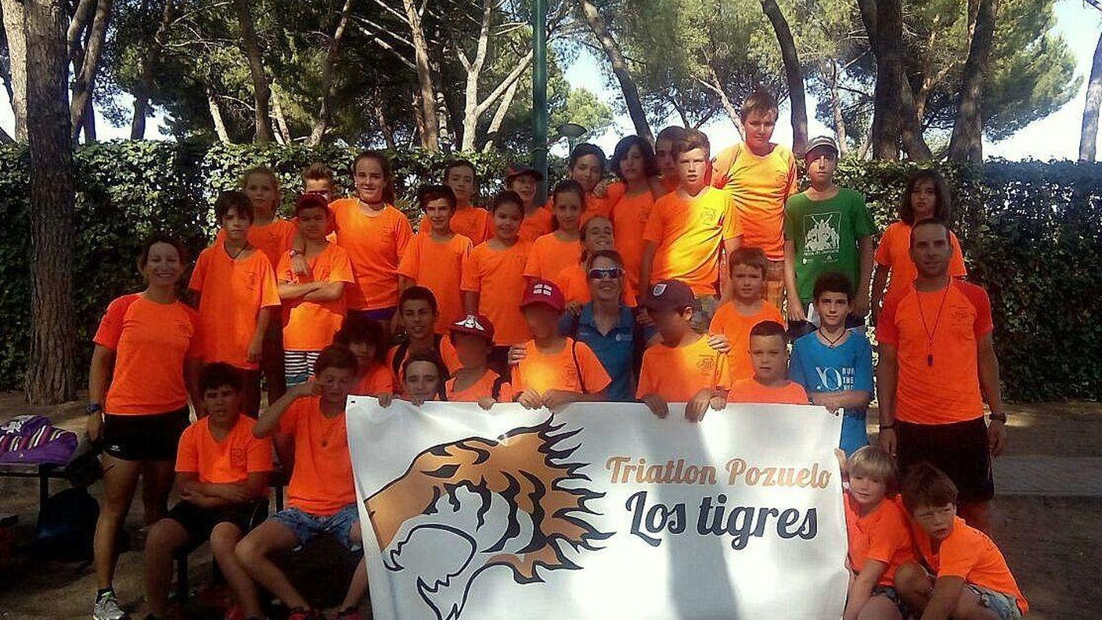 Foto: En la imagen, jóvenes atletas del Club Triatlón Los Tigres de Pozuelo