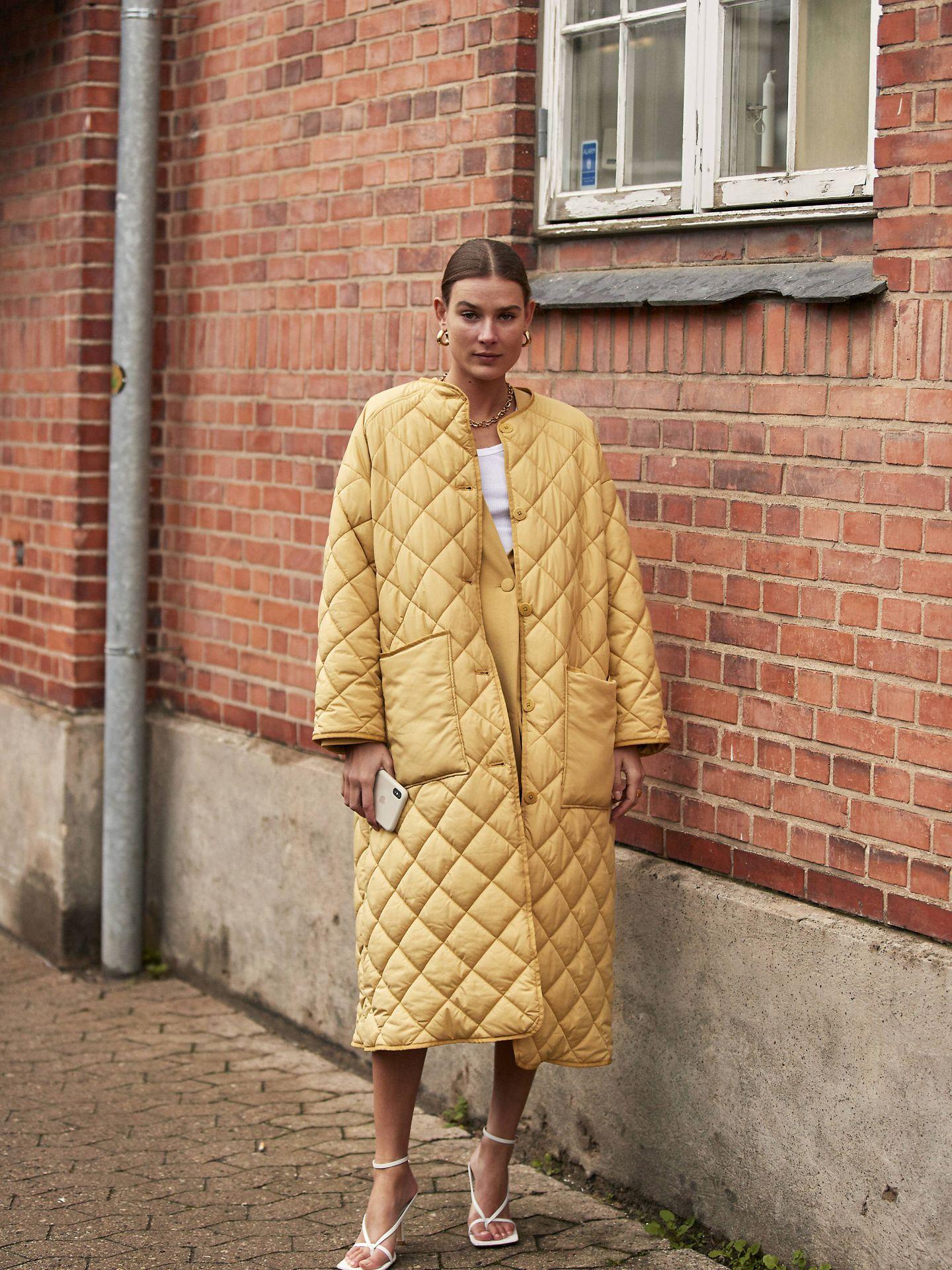 Una insider danesa con el abrigo. (Imaxtree)