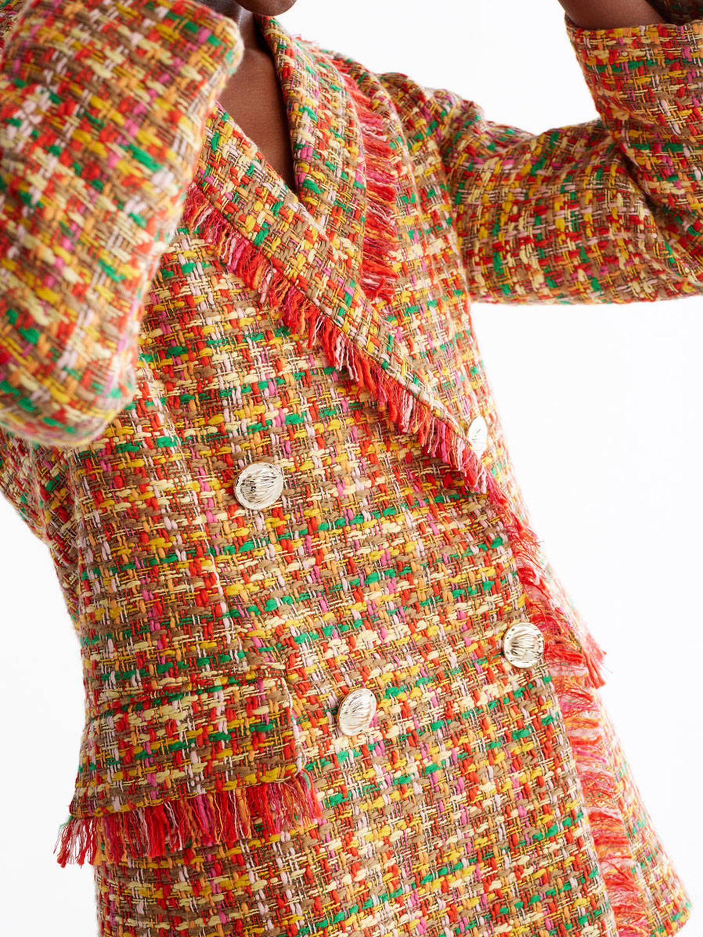Traje de falda de Uterqüe.
