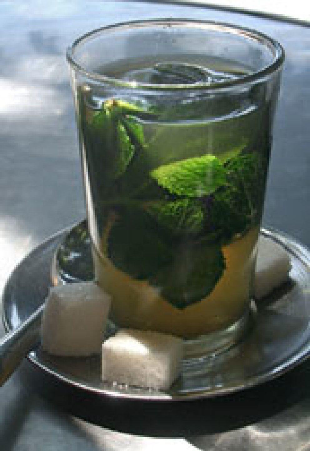 Foto: El té de menta ayuda a tratar el vello corporal excesivo