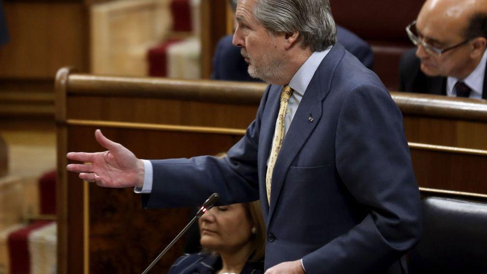 El portavoz de Cultura del PSOE pregunta en verso a Méndez de Vigo