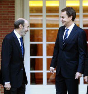 Zapatero corta la vía Eguiguren de diálogo con ETA y pide al PSE que no estorbe