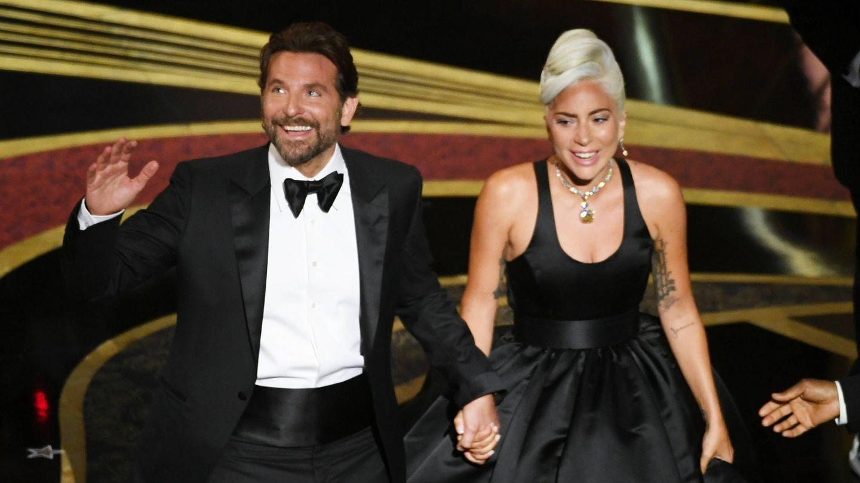 Bradley Cooper y Lady Gaga después de su actuación en la 91º Gala de los Premios Óscar. (Getty)
