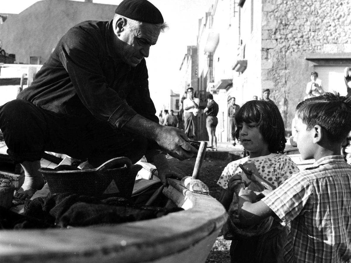 Foto: Niños en La Escala, pueblo de la Costa Brava. (Topfoto.co.uk / Cordon Press)