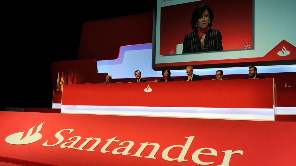 Foto: Ana Patricia Botín, en una junta de Santander. (Reuters)