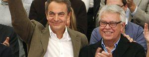 Foto: Zapatero 'quema' un grupo de sabios por año
